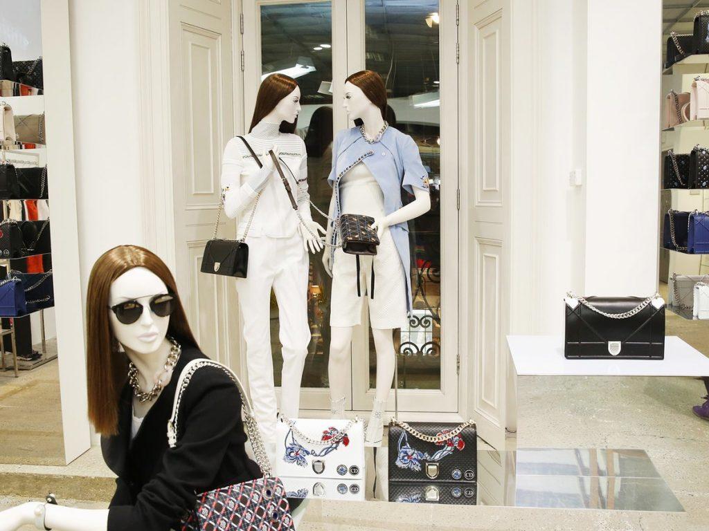 Shopping in London - Prime Asian Escorts